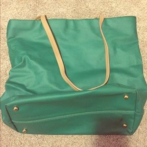 Charming Charley Green Oversized Purse